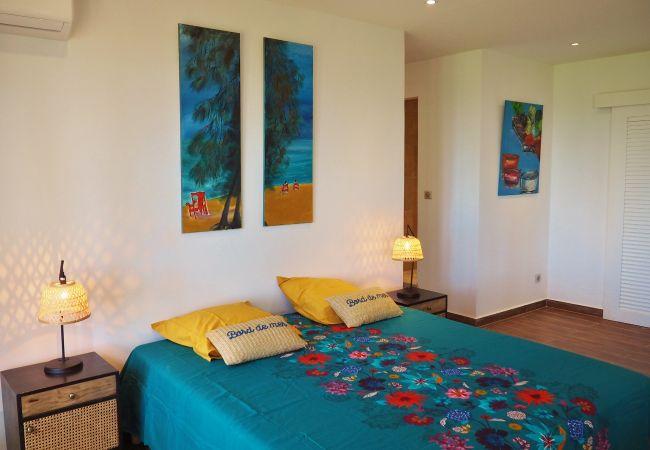 Location de vacances avec 5 chambres climatisées