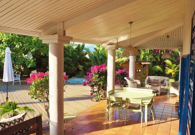Home to rent with big terrace in reunion island