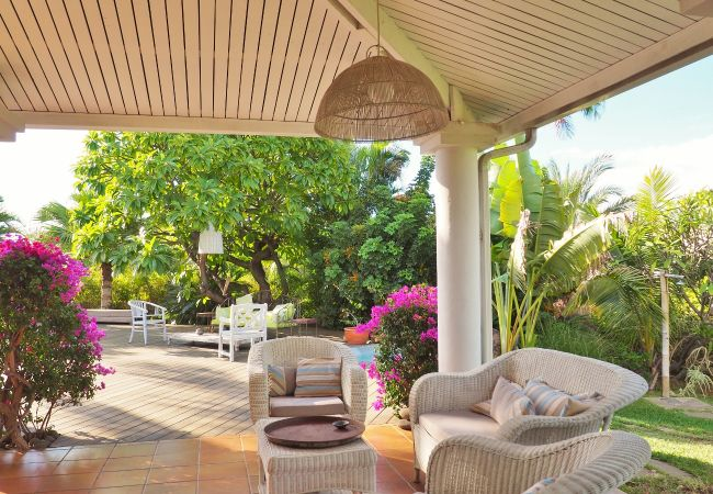Home to rent with swimming pool in reunion island
