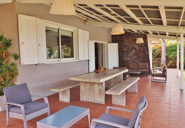 Stay in reunion island in a rental accomodation with tropical home