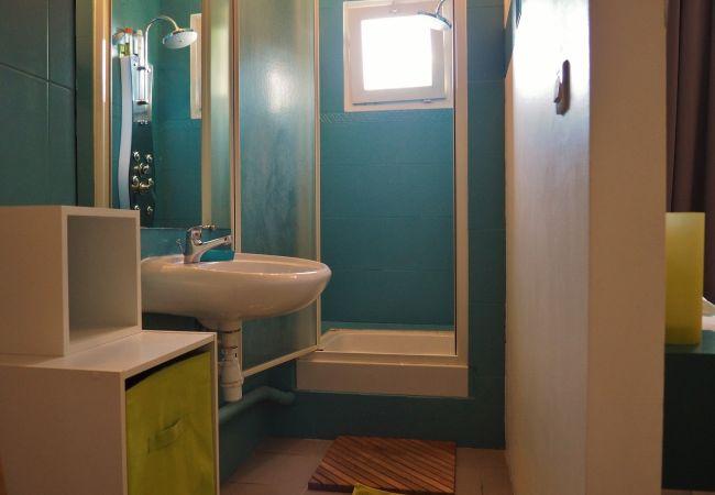 les salles de bains de la villa Mademoiselle à la Réunion