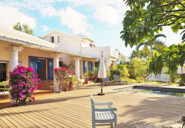 Villa Sérénité house to rent with swimming pool in reunion island