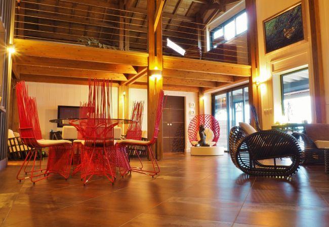 location saisonnière avec salon luxe à l'île de la réunion