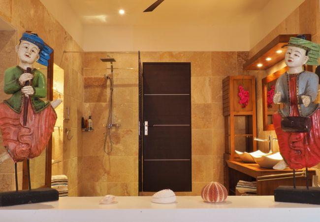 hébergement de vacances à la réunion avec salle de bains