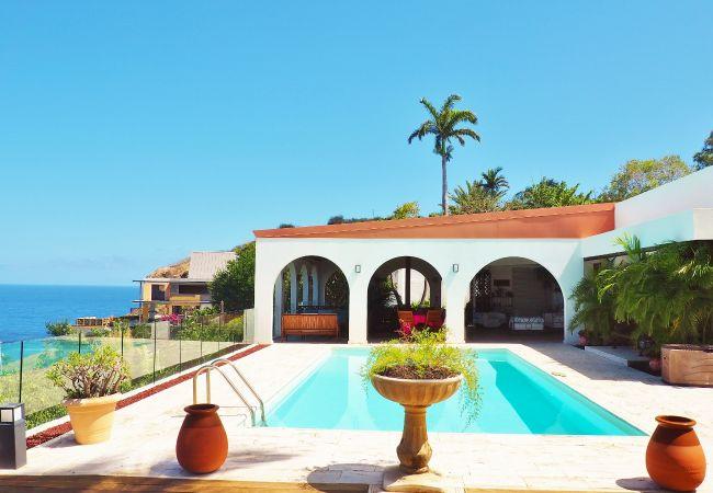 maison avec vue mer à louer à la réunionavec tropical home