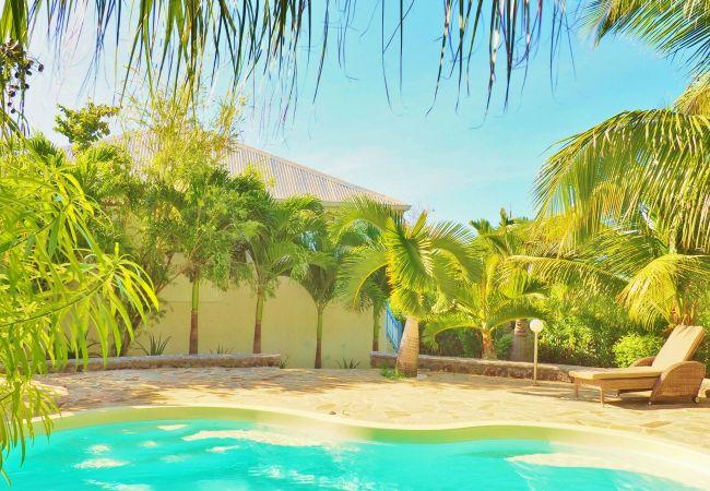 villa mado-ray location avec piscine proche du lagon la réunion