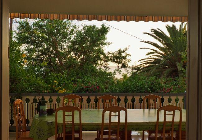 Villa avec terrasse sur l'océan à la saline les bains 974