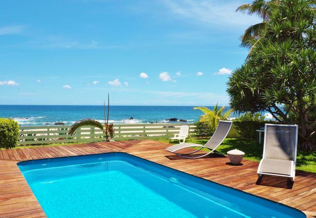 Maison à la réunion à louer sur tropical home avec piscine