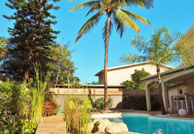 Maison avec piscine à 5 min à pied du lagon à la Réunion