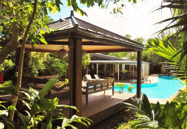 Location maison de charme face au lagon