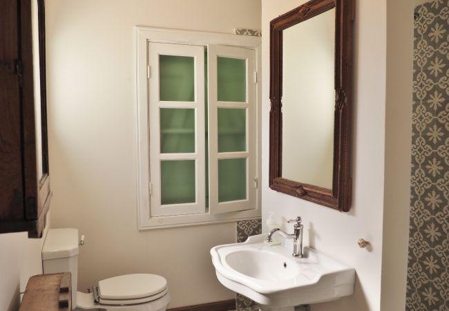 location meublée avec 3 chambres à saint Denis 97400