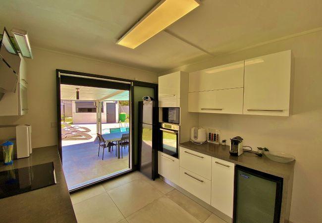 Maison de vacances avec cuisine et barbecue