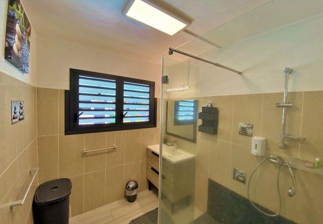 Location avec 3 salles de bains à la Réunion