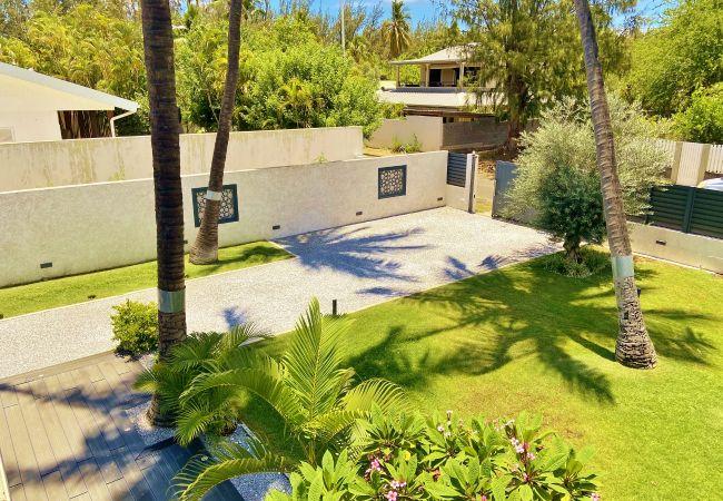 Villa evasion avec jardin tropical proche de la plage