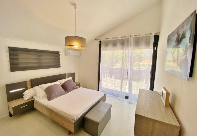 Une maison familiale avec ses chambres climatisées