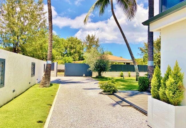 Villa à la réunion proche de la plage et du lagon