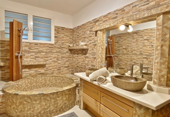 Maison de vacances avec 4 chambres et 3 salles de bain