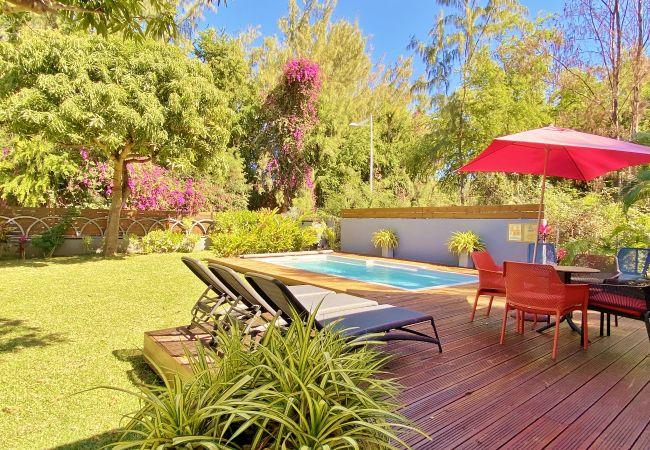 Villa Manguiers : location vacances avec piscine à la Réunion